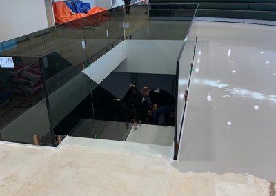 FDV-Groep-trap-renovatie-glas-kantoorpand-bedrijfsruimte-beton_0515